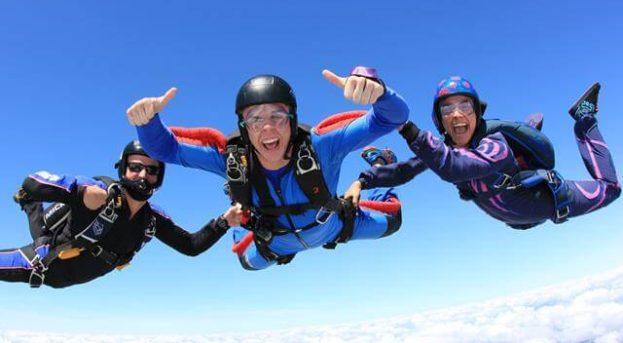 Paraşüt ile uçaktan atlama | Skydiving Heyecanı !