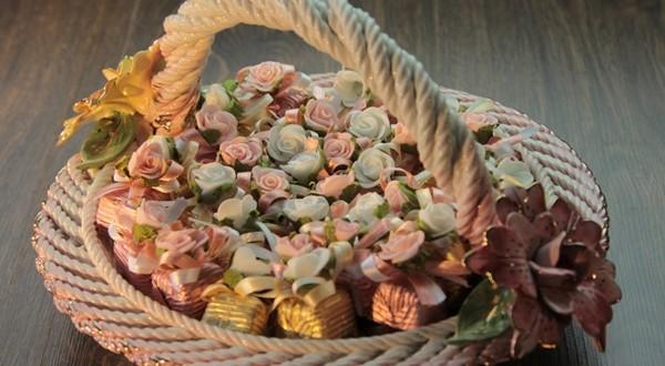çiçek sepeti hazırlama