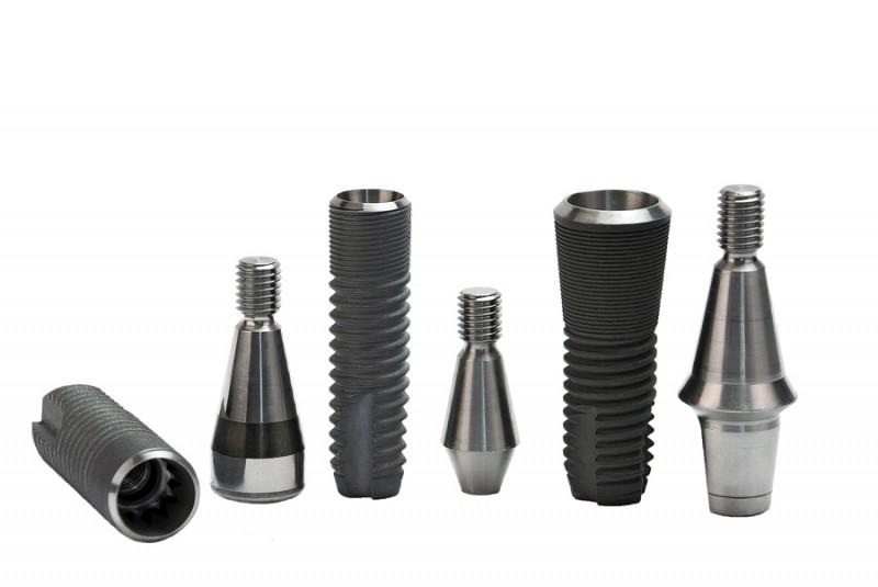 Titanyum alaşım implantlar
