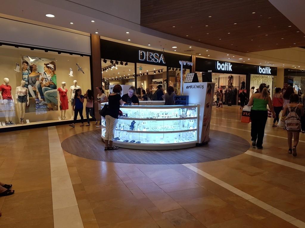 Kazanda alışveriş merkezleri. Kaliteli alışveriş