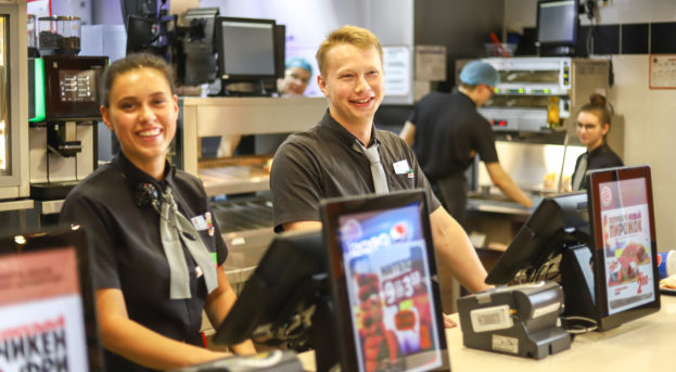 Burger King'de Çalışma Şartları ve Maaşlar